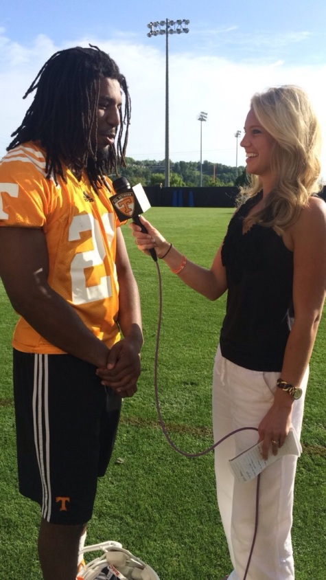 LB Jalen Reeves-Maybin at spring practice