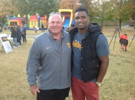Vols defensive line coach Steve Stripling with Lewis
